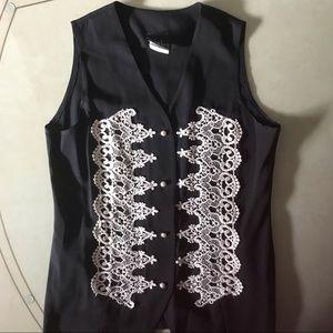 Scarlet Ladies Vest